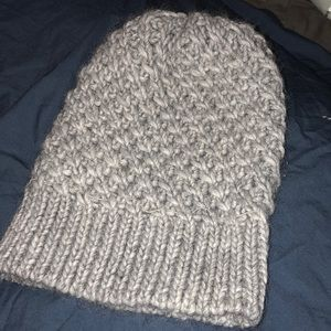 Accessories - Knit beanie!
